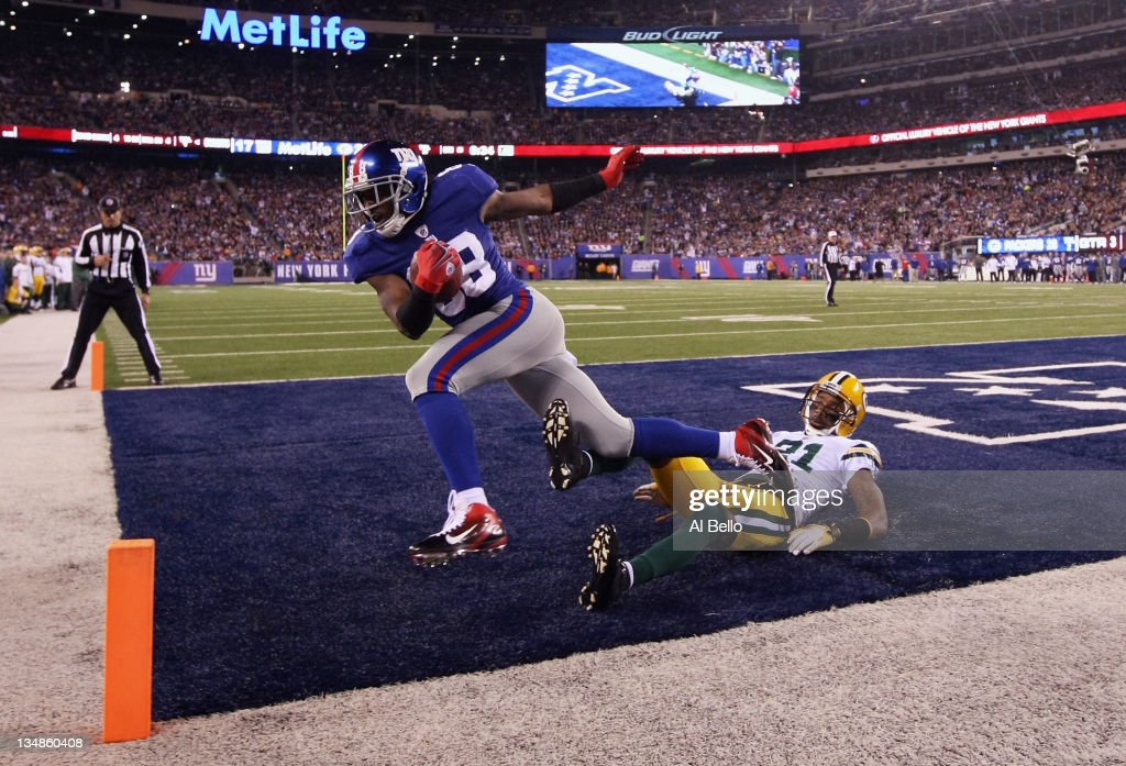 Green Bay Packers v New York Giants