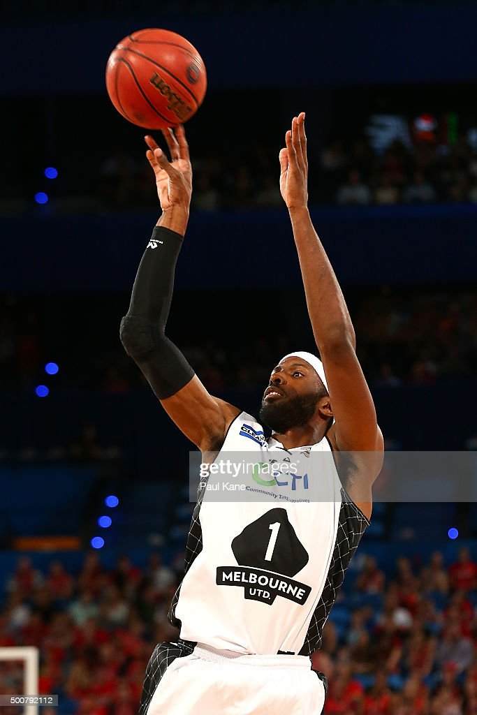 Hakim Warwick of United shoots the ball during the round 10 NBL match between the Perth Wildcats and Melbourne United at Perth Arena on December 10, 2015 in Perth, Australia.