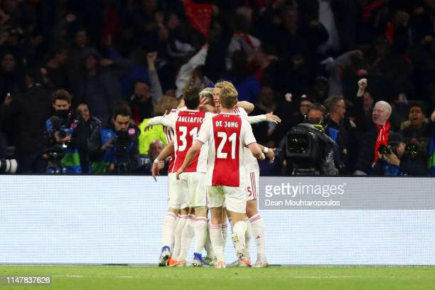 Hakim Ziyech of Ajax celebrates after scoring his team's second goal with his team mates during the UEFA Champions League Semi Final second leg match...