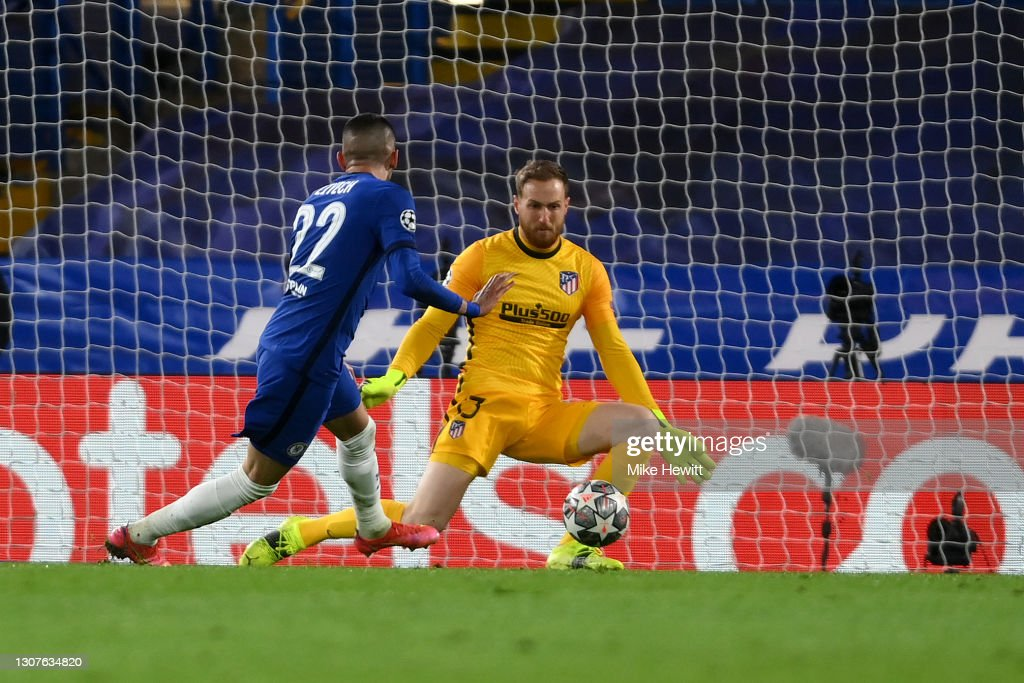 Chelsea FC v Atletico Madrid  - UEFA Champions League Round Of 16 Leg Two : News Photo