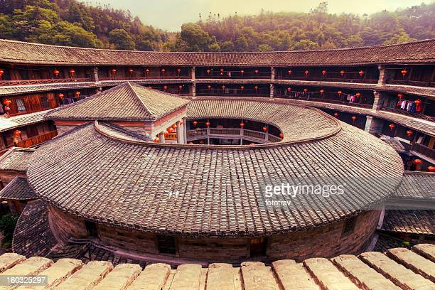 hakka tulou traditional chinese housing, fujian china - fujian tulou stock pictures, royalty-free photos & images