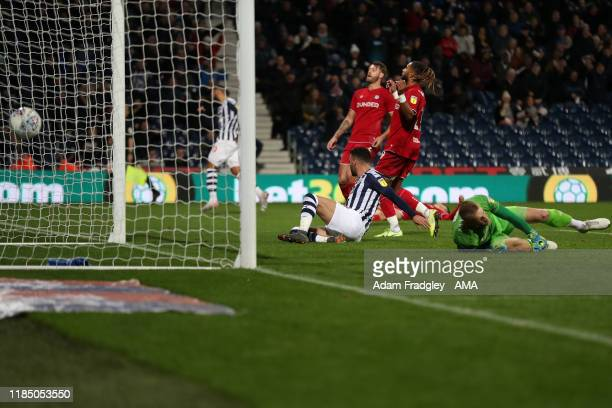Hal Robson-Kanu of West Bromwich Albion scores a goal to make it 3-1 during the Sky Bet Championship match between West Bromwich Albion and Bristol...