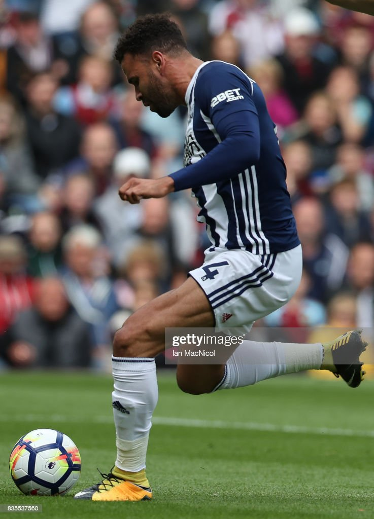 Hal Robson-Kanu of West Bromwich Albion scores the only goal of the game during the Premier League match between Burnley and West Bromwich Albion at Turf Moor on August 19, 2017 in Burnley, England.