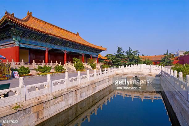 halberd gate in forbidden city beijing - halberd stock pictures, royalty-free photos & images