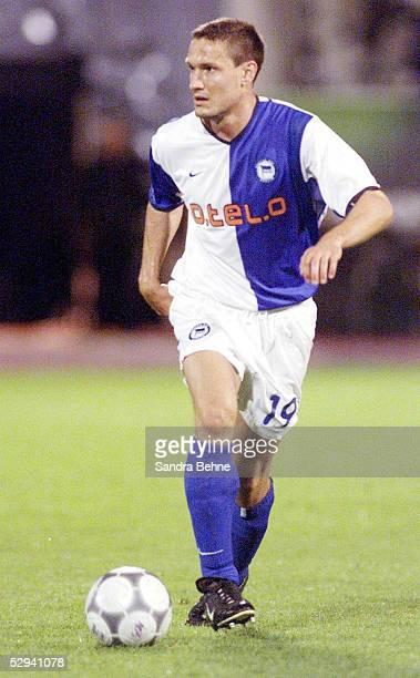 LIGAPOKAL 2001 Halbfinale Augsburg HERTHA BSC BERLIN FC BAYERN MUENCHEN 10 Michael HARTMANN/HERTHA