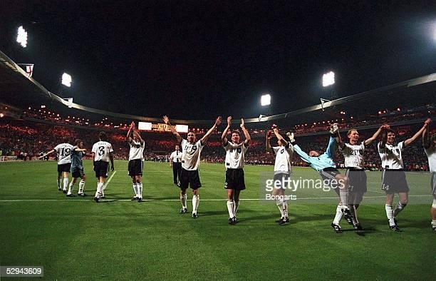 Halbfinale GER - ENG n.E. 7:6 London; DFB - SCHLUss JUBEL DEUTSCHLAND