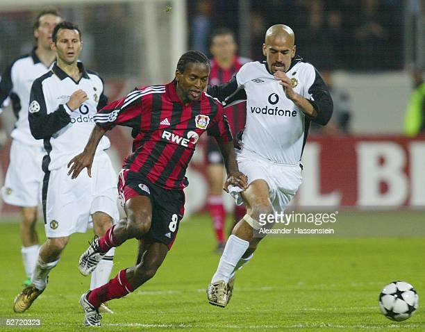 LEAGUE 01/02 Halbfinale Leverkusen BAYER 04 LEVERKUSEN MANCHESTER UNITED 11 Ryan GIGGS/Manchester Ze ROBERTO/Leverkusen Juan Sebastian...