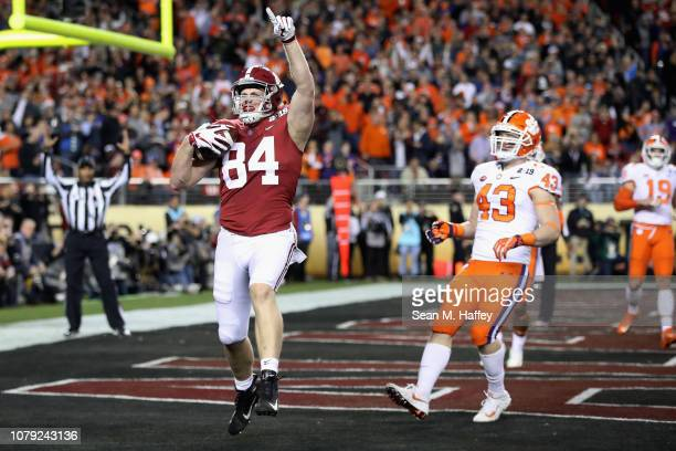 Hale Hentges of the Alabama Crimson Tide celebrates his first quarter touchdown against the Clemson Tigers in the CFP National Championship presented...