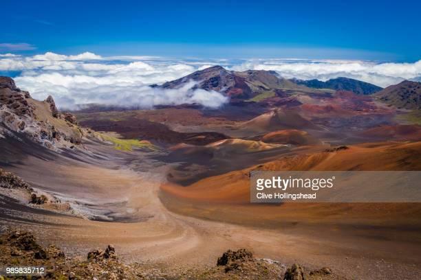 haleakala crater, maui, hawaii. - マウイ島 ストックフォトと画像