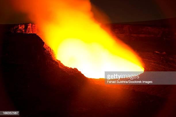halema'uma'u crater of kilauea volcano, big island of hawaii. - caldera stock pictures, royalty-free photos & images