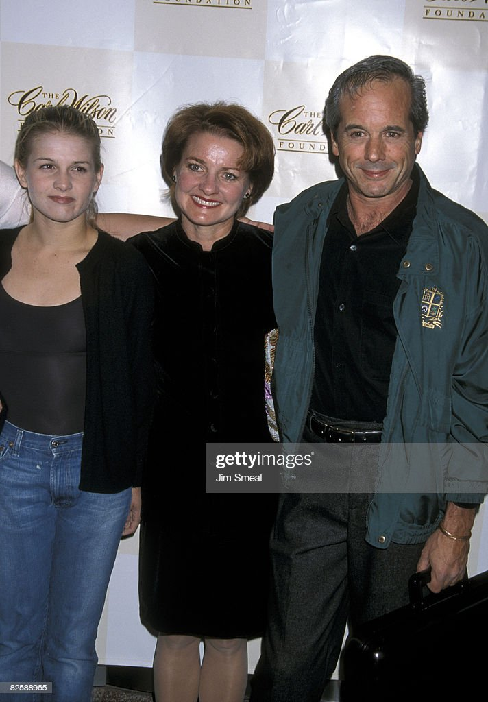 Haley Arnaz Amy Arnaz And Desi Arnaz Jr News Photo Getty Images Timeline, with an inside look at his tv shows, relationships, marriages, children, awards & more through the years. haley arnaz amy arnaz and desi arnaz jr news photo getty images