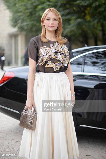 Haley Bennett arrives at the Christian Dior show as part of the Paris Fashion Week Womenswear Spring/Summer 2017 on September 30 2016 in Paris France