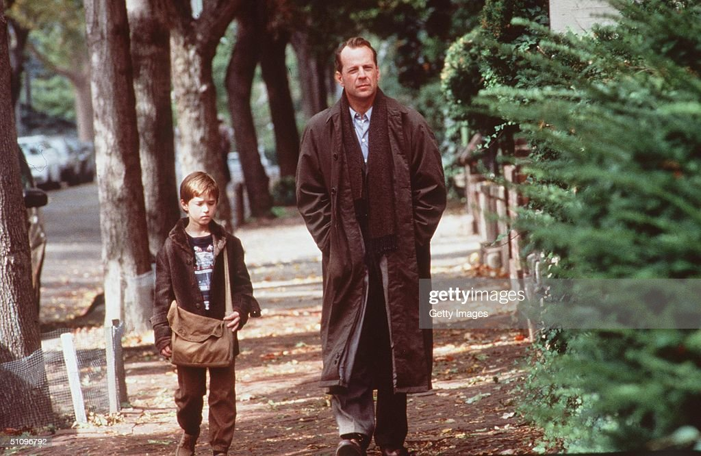 Haley Joel Osment And Bruce Willis Star In The Sixth Sense : ニュース写真