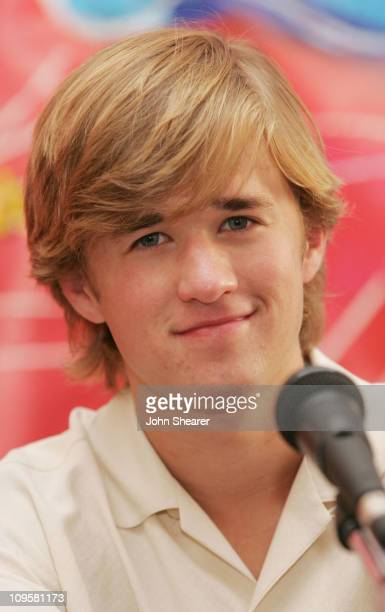 Haley Joel Osment during 2005 Giffoni International Children's Film Festival - Press Conference and Q&A with Haley Joel Osment at Cinema Truffaut in...