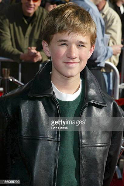 Haley Joel Osment during 20th Anniversary Premiere of Steven Spielberg's 'ET The ExtraTerrestrial' Red Carpet at Shrine Auditorium in Los Angeles...