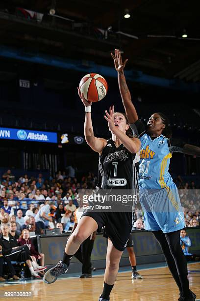 Haley Peters of the San Antonio Stars fshoots the ball against Jessica Breland of the Chicago Sky on September 4 2016 at Allstate Arena in Rosemont...