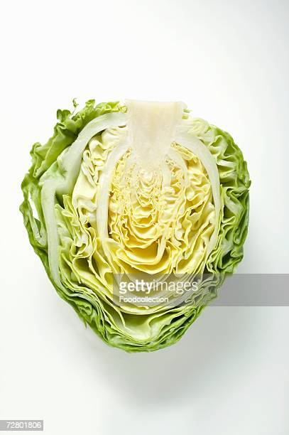 half a white cabbage - kool kool familie stockfoto's en -beelden