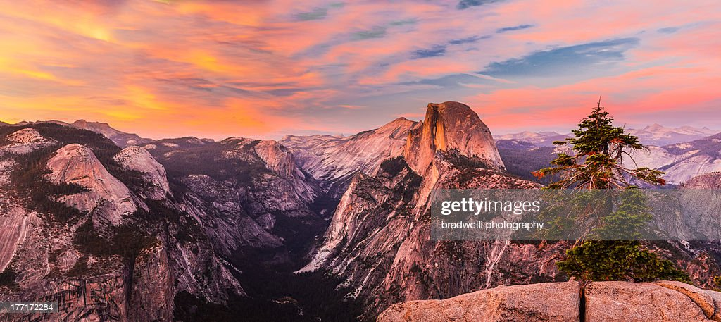 Half Dome Sunset Panorama : Stock Photo