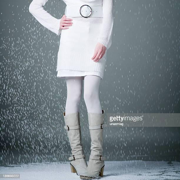 ハーフスタンドアップ女性の身体の雪