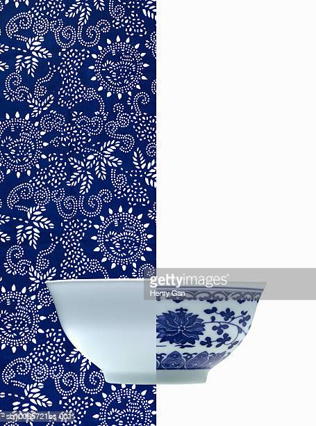Half white and blue porcelain bowl (opposite backgrounds)