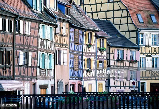 half-timber row houses in colmar - colmar - fotografias e filmes do acervo