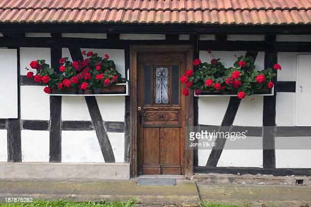 half-timbered house - ハーフティンバー様式 ストックフォトと画像