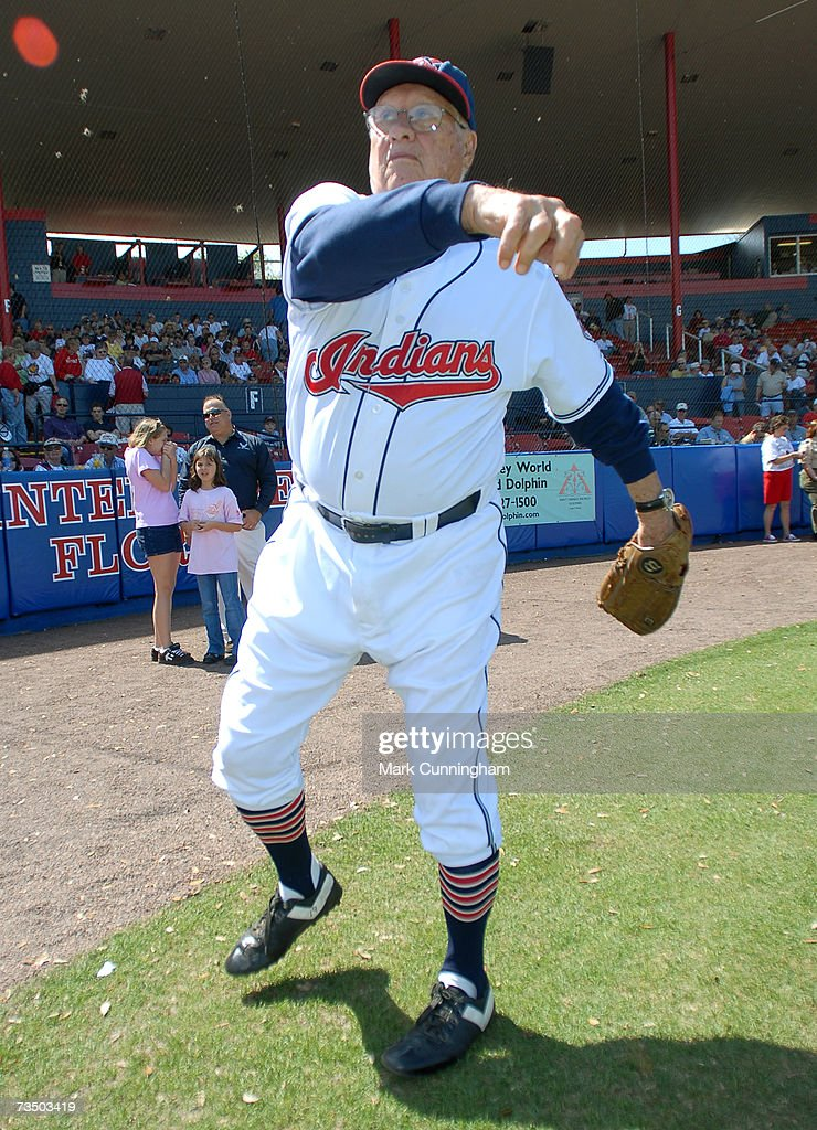 Detroit Tigers v Cleveland Indians : News Photo