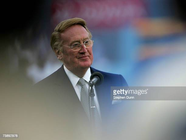 Hall of Fame broadcaster Vin Scully speaks during ceremonies honoring Jackie Robinson before the game between the San Diego Padres and the Los...
