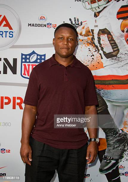 Hall of Fame former NFL player Barry Sanders attends Madden NFL 12 Pigskin ProAm Eve at the Bryant Park Grill on July 26 2011 in New York City