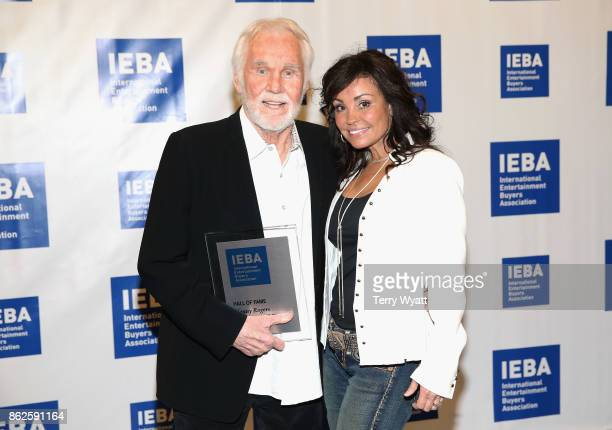 Hall of Fame Inductee Kenny Rogers and wife Wanda Miller Rogers attend the 2017 IEBA Honors Awards on October 17 2017 in Nashville Tennessee