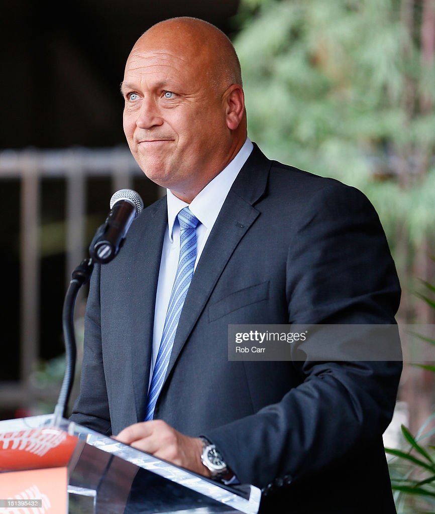Hall of fame player and former Baltimore Orioles Cal Ripken Jr. addresses the crowd during a ceremony unvieling a statue of him before the start of the Orioles and New York Yankees game at Oriole Park at Camden Yards on September 6, 2012 in Baltimore, Maryland.