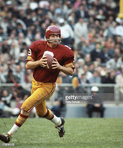 Hall of Fame quarterback Sonny Jurgensen of the Washington Redskins in a 1969 game