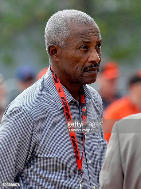 Hall of Fame wide receiver Paul Warfield awaits the start of the unveiling of Hall of Fame fullback Jim Brown's statue outside FirstEnergy Stadium...