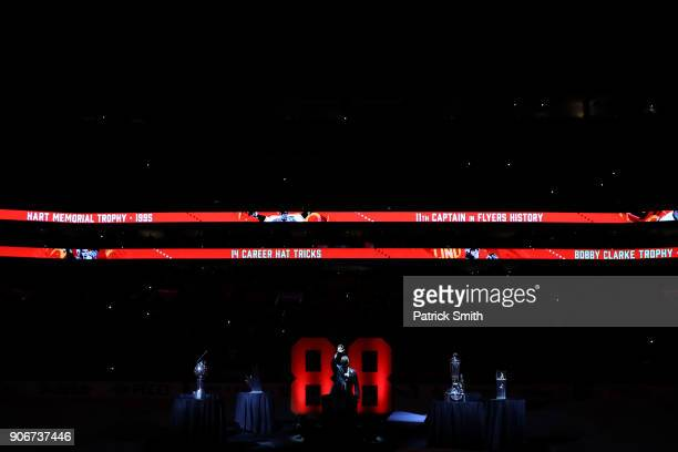 Hall of Famer and former Philadelphia Flyer Eric Lindros acknowledges the crowd during his Jersey Retirement Night ceremony before the Toronto Maple...