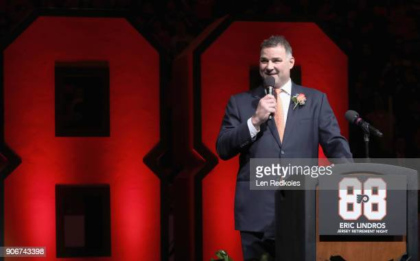 Hall Of Famer and former Philadelphia Flyer Eric Lindros speaks during his Jersey Retirement Night ceremony on January 18 2018 at the Wells Fargo...