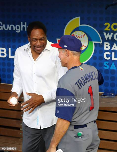 Hall of Famer and former San Diego Padre Dave Winfield talks to Alan Trammell of Team USA before Game 6 of Pool F of the 2017 World Baseball Classic...