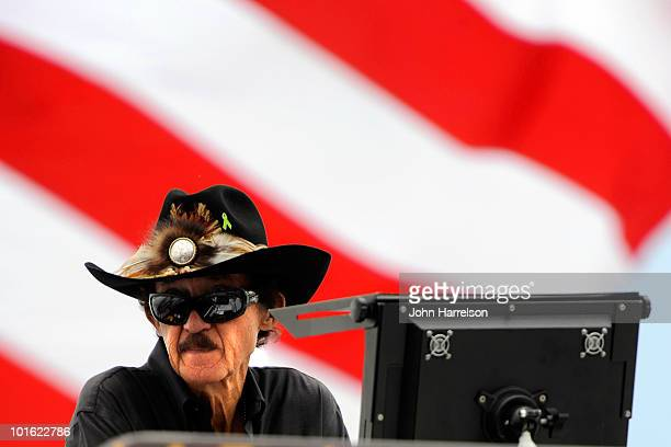 Hall of Famer Richard Petty watches practice for the NASCAR Sprint Cup Series Gillette Fusion ProGlide 500 at Pocono Raceway on June 4, 2010 in Long...
