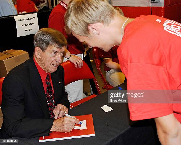 Hall of Famer Ted Lindsay signs autographs prior to Game Seven of the Stanley Cup Final between the Pittsburgh Penguins and Detroit Red Wings on June...