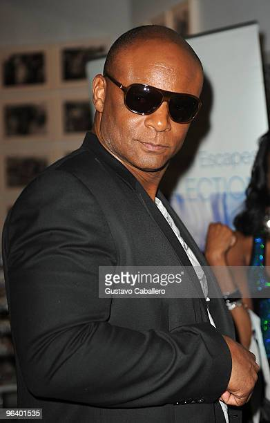 Hall of Famer Warren Moon attends the GBK Gift Lounge at Player's Press PreSuper Bowl Party at Sagamore Hotel on February 3 2010 in Miami Beach...