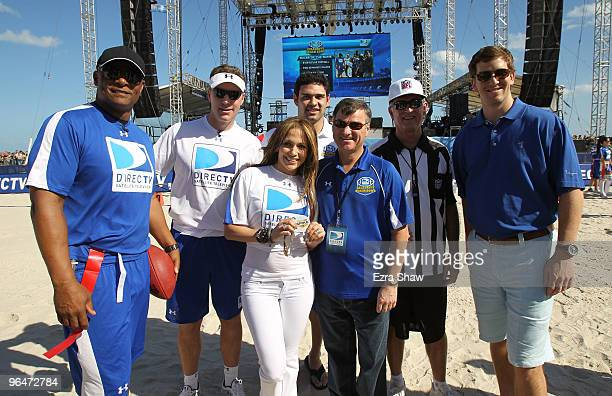 Hall of Famer Warren Moon Rich Gannon singer Jennifer Lopez Mark Sanchez of the New York Jets President and CEO of DIRECTV Mike White and Eli Manning...