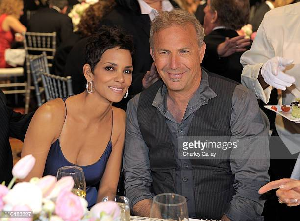 Halle Berry and Kevin Costner attend Muhammad Ali's Celebrity Fight Night XVII at JW Marriot Desert Ridge Resort Spa on March 19 2011 in Phoenix...