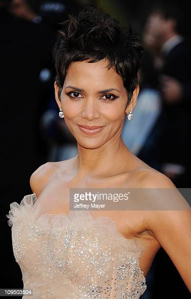 Halle Berry arrives at the 83rd Annual Academy Awards held at the Kodak Theatre on February 27 2011 in Hollywood California