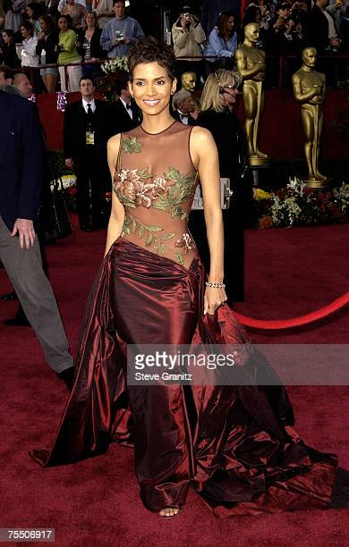 Halle Berry at the Kodak Theater in Hollywood California