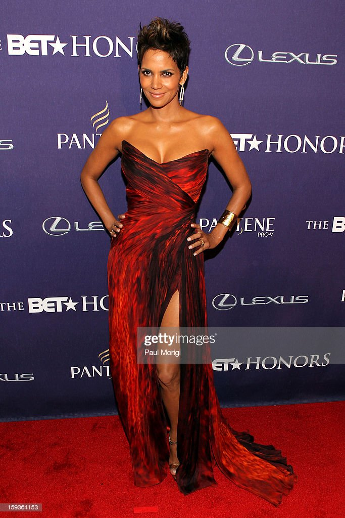 BET Honors 2013: Red Carpet Presented By Pantene : News Photo