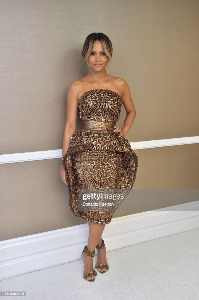 21st CDGA (Costume Designers Guild Awards) - Backstage And Green Room : News Photo