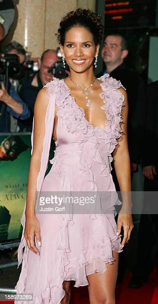 Halle Berry Attends The 'Catwoman' European Film Premiere At The Vue Cinema In London'S West End