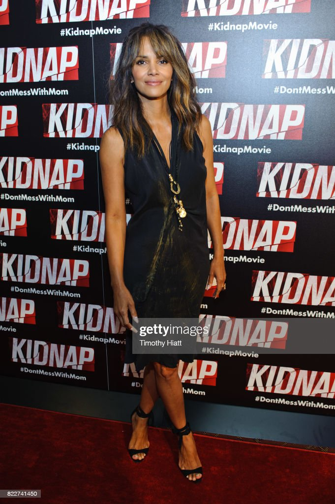 Halle Berry attends the Chicago premiere of 'Kidnap' at Kerasotes Showplace ICON on July 25, 2017 in Chicago, Illinois.
