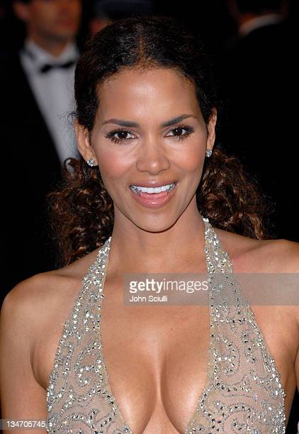 Halle Berry during 2006 Cannes Film Festival XMen 3 The Last Stand Premiere at Palais des Festival in Cannes France