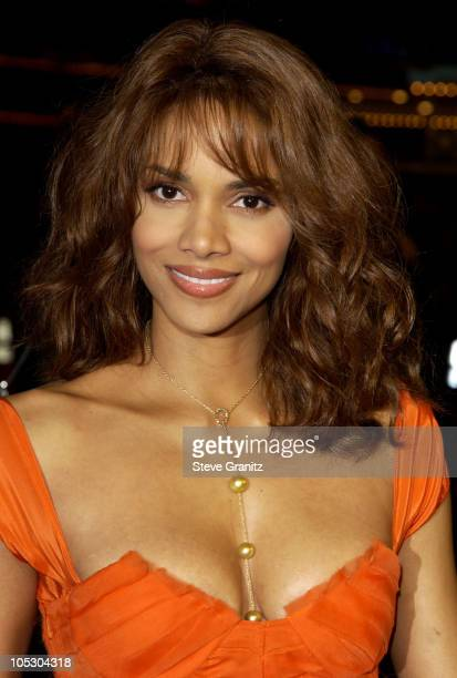Halle Berry during 'Gothika' Premiere Los Angeles at Mann Village Theatre in Westwood California United States