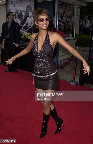 Halle Berry during Swordfish Premiere at Mann Village Theatre in Westwood California United States